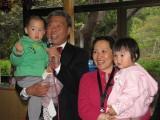 Qingbo mit Enkeln